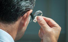 Najlepsze aparaty sluchowe – cechy i funkcje